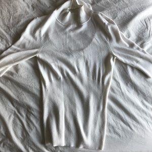 Express: White, super soft quarter sleeve blouse